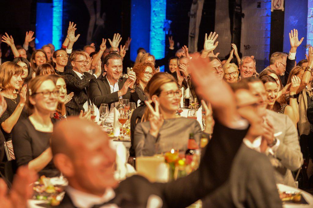 ... und gut 250 begeisterte Gäste