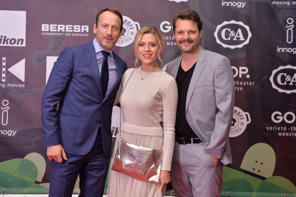 Und natürlich viele Promis, hier Wotan Wilke Möhring, Regisseur Peter Thorwarth und seine Frau Nele
