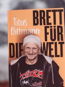 Titus Brett für die Welt