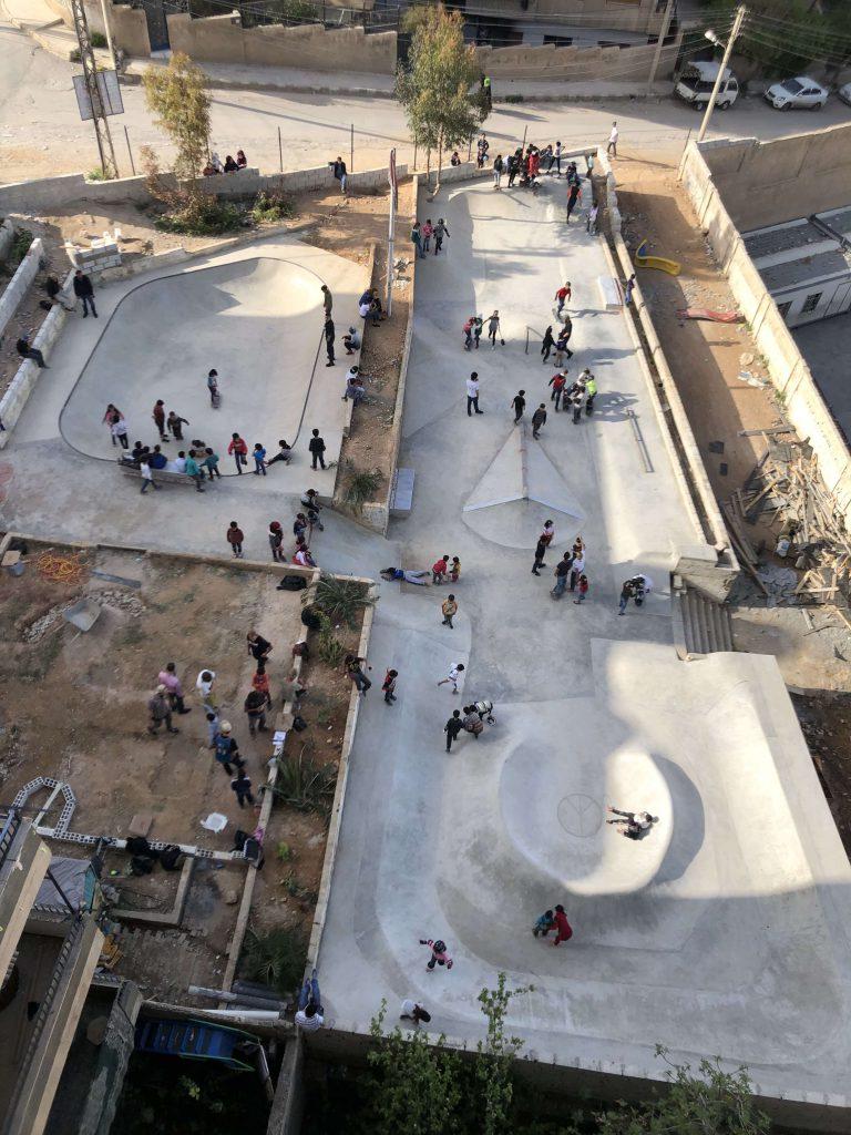 So sieht der Skatepark in Gänze aus der Vogelperspektive aus.