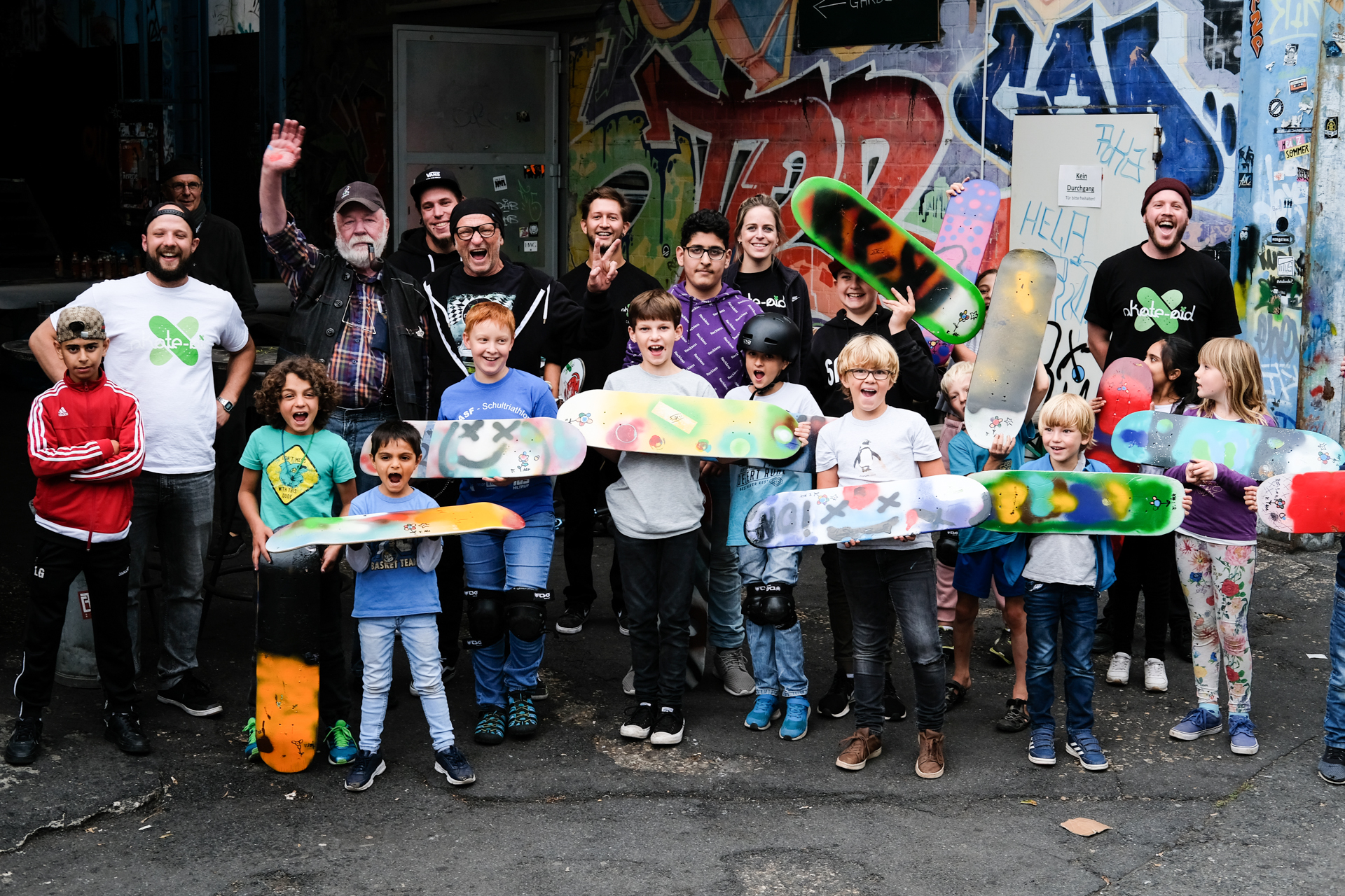 Kids happy und stolz nach dem Workshop